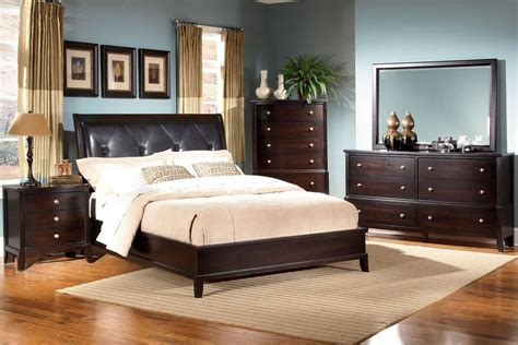 Bedroom Set by Unique Bedroom Collection