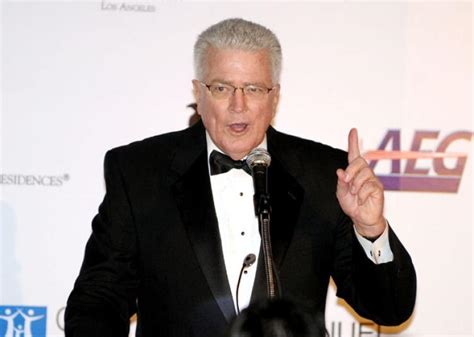 huell howser tv host huell howser dead at 67 ny daily news