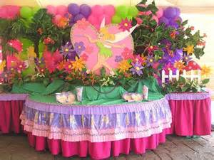 And because the decoration of the tables is also important we present