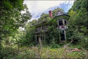 the house in the woods a small abandoned manor house in