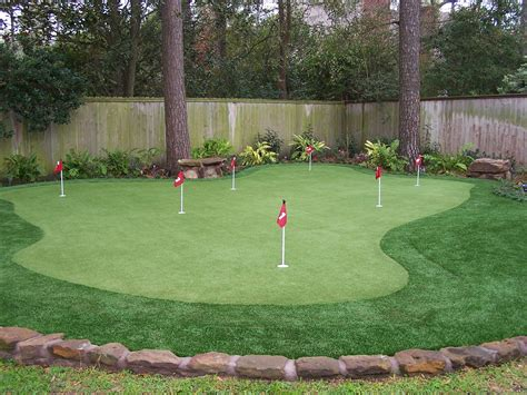 converting  backyard   putting green vancouver