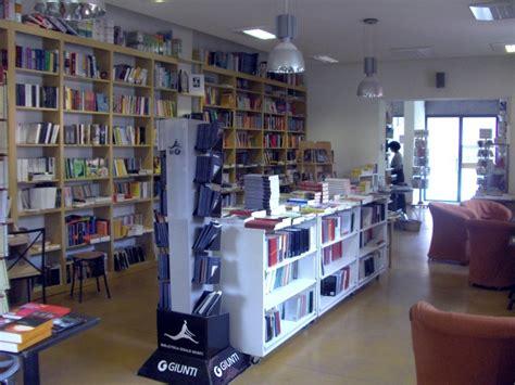 libreria terzo mondo libreria terzo mondo 06 bergamo post