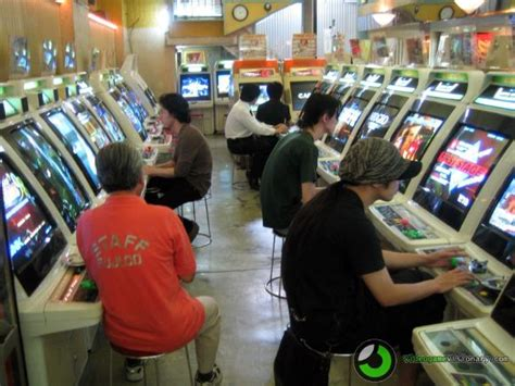 japanese arcade cabinet for sale glasses free 3d arcade machines heading to japanese