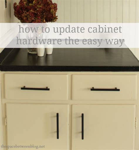 How To Install Hardware On Cabinets by How To Update Cabinet Hardware The Easy Way