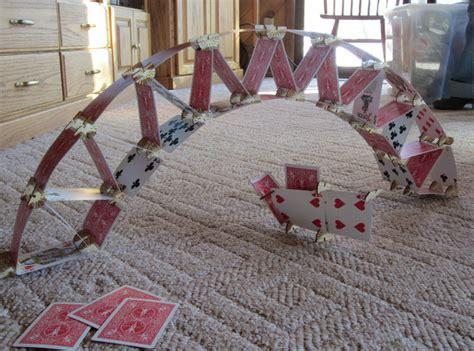 how to make house of cards トランプを組み合わせて様々なものを作り出せるキット skallops gigazine
