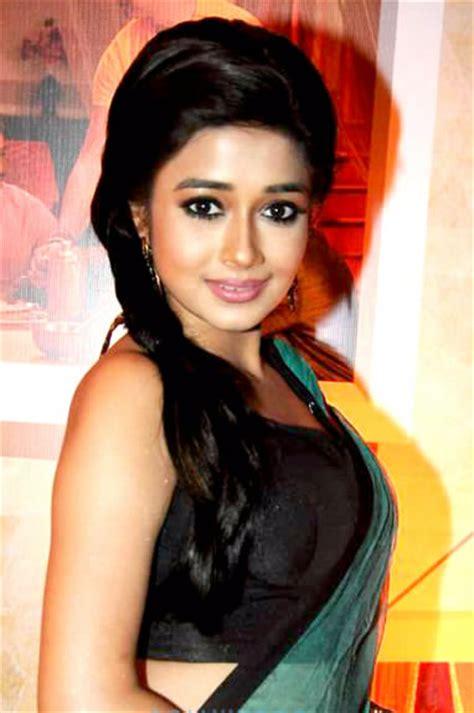 film india terbaru uttaran profil dan foto tina dutta pemain drama india uttaran