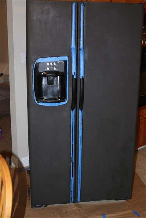 chalkboard painting a refrigerator 25 best ideas about chalkboard paint refrigerator on