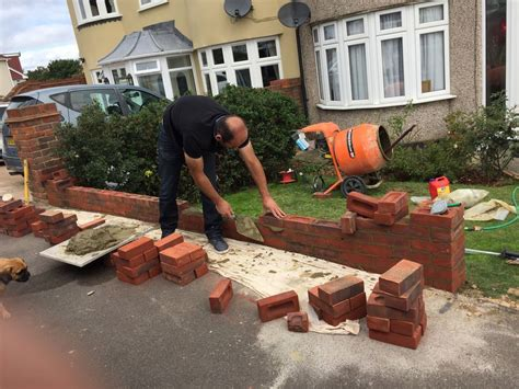 select home improvements roofer in dartford