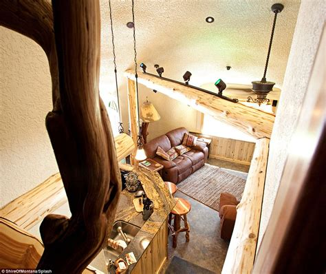 hobbit home interior hobbit fans flock to montana guest house to live like bilbo baggins daily mail