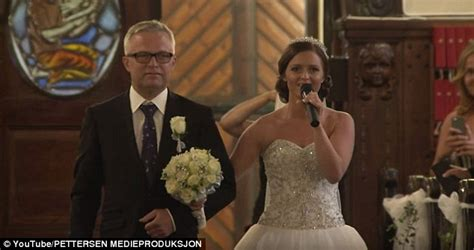 Wedding Aisle Singing by Holand T 248 Sse Reduces Groom To Tears As She Sings