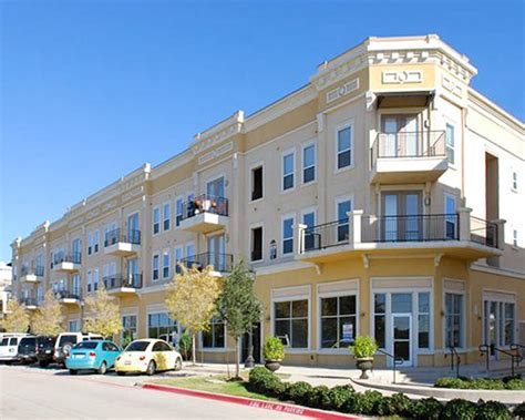 Midtown Apartments Boulder Co Venterra Realty Acquires Community