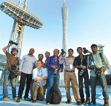 2 In 1 Data Lines Noodles Intl journalists pose for a photo in guangzhou a gateway