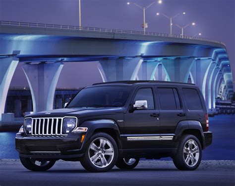 jeep liberty 2012 2012 jeep liberty photo gallery autoblog