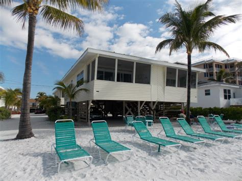 beachfront cottages florida fort myers beachfront low rise condos fort myers
