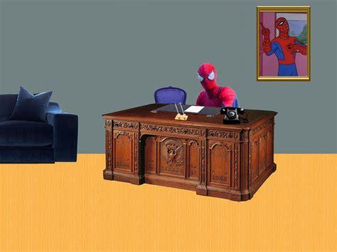Spider Sitting At Desk by Sitting At Desk Meme Maker Desk Design Ideas