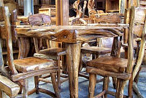 Industri Furniture by Kerajinan Tangan Dan Industri Perabotan Bojonegoro