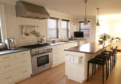 Grove Kitchen by Cedar Grove Kitchen Renovation
