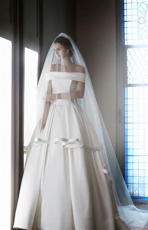 Wedding Gown Satin by The 25 Best Ideas About Satin Wedding Gowns On