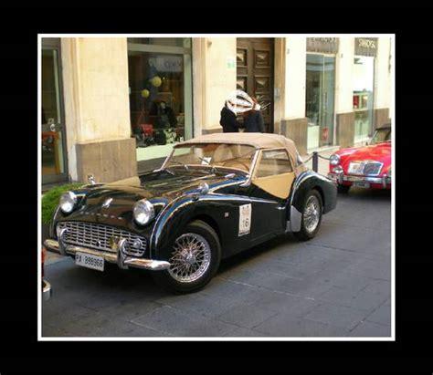 119668 Gamis Pesta Maserati Pink el caballo atinto l 242 pre messa si racconta la sicilia con sguardi e accenti da straniera