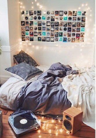 urban outfitters tumblr room  dorm essentials  pinterest