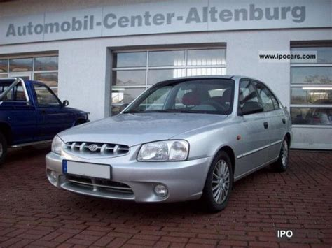 Hyundai 2001 Accent by 2001 Hyundai Accent Information And Photos Momentcar