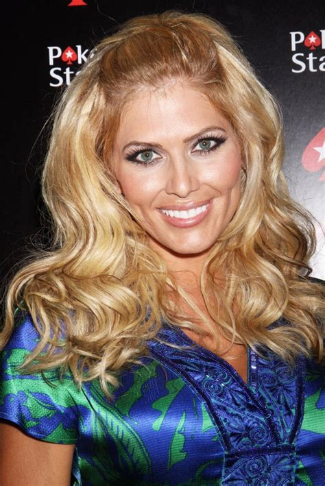 torrie wilson poker torrie wilson pictures with high quality photos