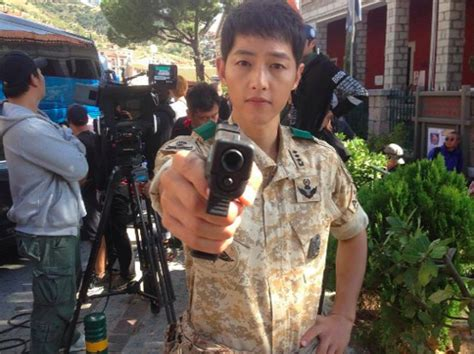 aktor film descendants of the sun descendants of the sun actor shares behind the scenes