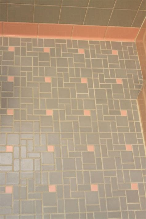 1950s bathroom tile can we help earthakitsch find tile to fill in the gap in her pink and