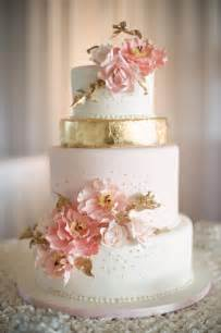 wedding cake 12 gorgeous metallic wedding cakes the magazine
