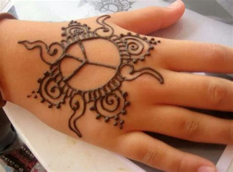 henna tatto for hand simple henna design for by hennaallure hennaallure