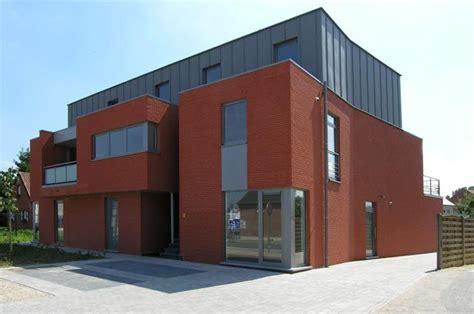 Moderne Garagen 2664 by Brique Zinc Architecture De Brique