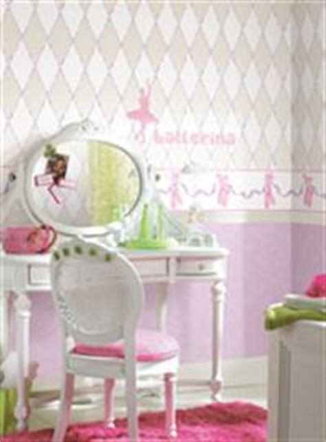 wallpaper borders for girls bedroom girl s room wallpaper border hearts dots pink themed