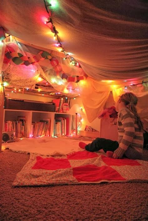 How To Build A Den In Your Bedroom by Blanket Fort Competition Bakes Books And Boys