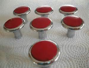 red kitchen cabinet knobs kitchen cabinet knobs or pulls home design ideas