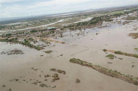 malawi floods   hands  deforestation africa