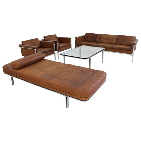 Superb Creation Ltd Leather by 1000 Ideas About Leather Living Rooms On