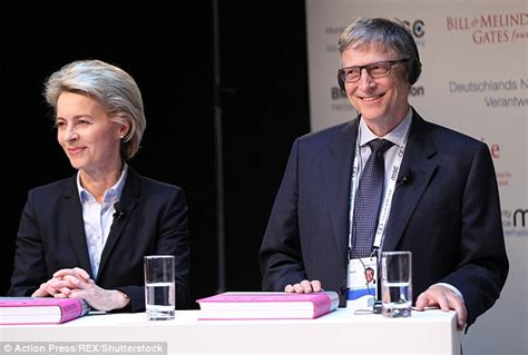 bill gates biography in spanish bill gates warns bioterror attack could wipe out 30m