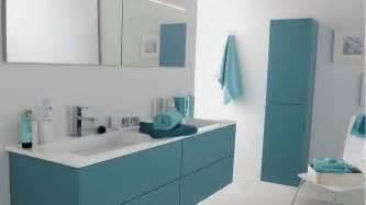 salle de bain blanc gris bleu