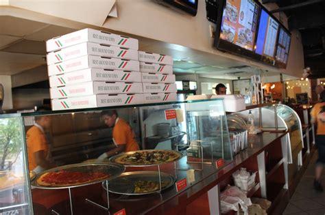 Pizza Shop Interior Design by Slideshow Bombay Pizza Company Culturemap Houston