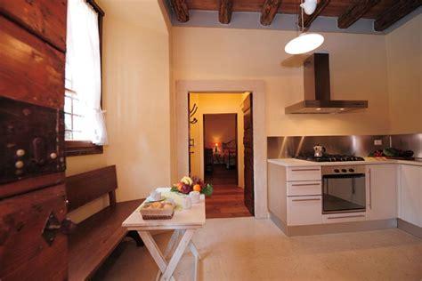 appartamenti arredati appartamenti arredati per vacanza a verona residenza le