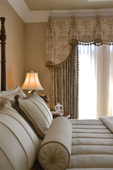 sike curtain 17 best images about cornices valances on pinterest