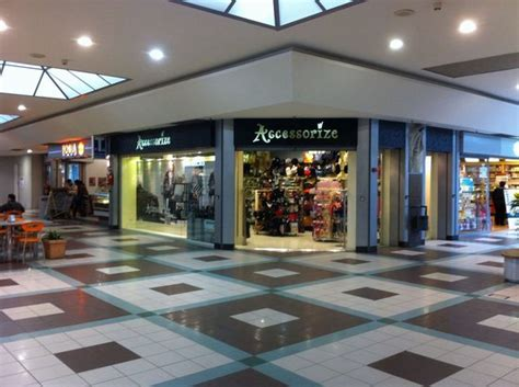 centri commerciali pavia e provincia interno centro commerciale foto di grand affi shopping