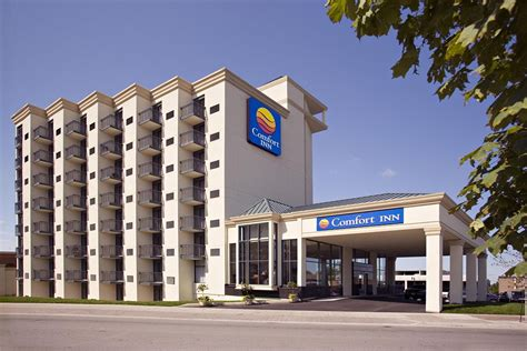 comfort inn hotels comfort inn fallsview 2017 pictures reviews prices