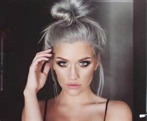 Graue Haare Hochgesteckt Haarfarben Pinterest