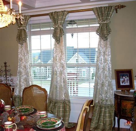 Dining Room Drapery Ideas Window Treatments Traditional Dining Room Atlanta By Dianne S Custom Window Bed