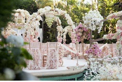 Pale Pink Wedding Decor by Dreamy Light Pink And Ivory Wedding Flower Decor Onewed