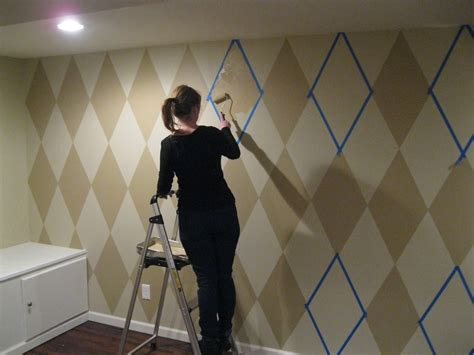 paint on walls how to paint a diamond pattern on your wall maison d or