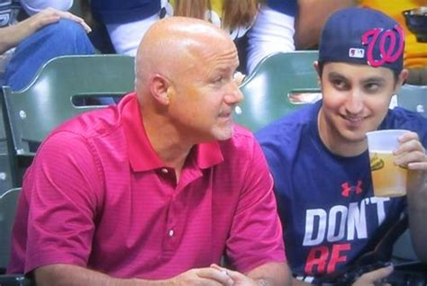 Tshirt Dont Be A Clown Bro nats enquirer mike rizzo with a fan in a quot don t be a