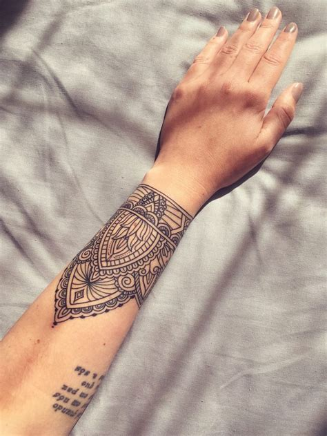 wrist arm tattoos 25 best ideas about mandala wrist on