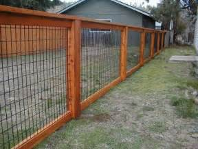 Cheap Backyard Fence Ideas 25 Best Ideas About Fence On Fence Ideas Diy Fence And Cheap Fence Ideas